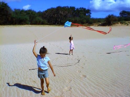 Girls and kites in Molokai